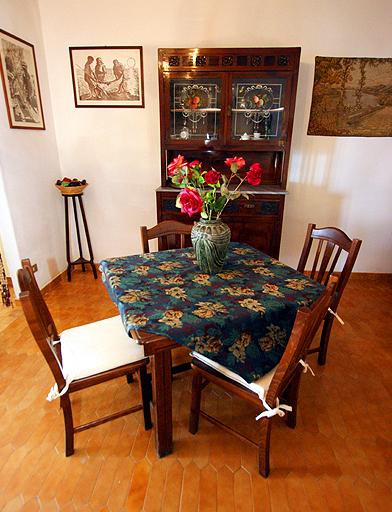 esstisch 4 meter top esstisch aus holz sthle with esstisch 4 meter gallery of gold persian. Black Bedroom Furniture Sets. Home Design Ideas